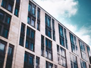 investing in an apartment building